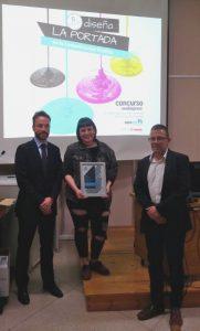 Alvaro García Presidente de neobis Paula Baumann ganadora Albert Ferre Product Manager Canon en la entrega de premios de la II edición del concurso neobispress